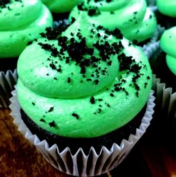 Cool Mint Cupcakes (Vegan)